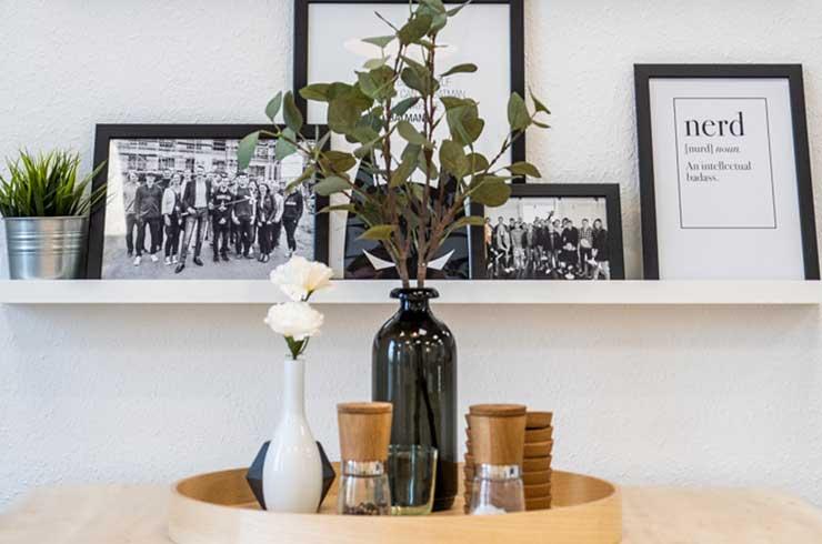 Tischdekoration im LEONEX Sozialraum